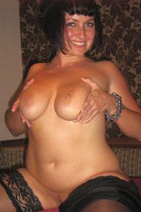 Amateurgirl mit dicken Brüsten